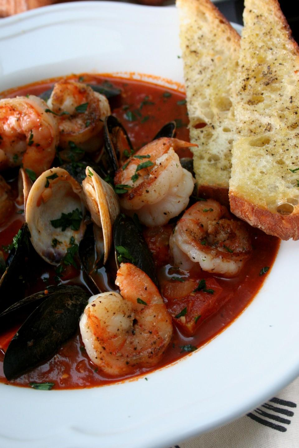 Spicy Shrimp Cioppino